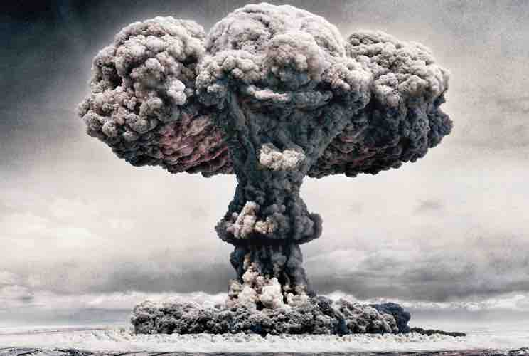 explosion caused by atomic bomb